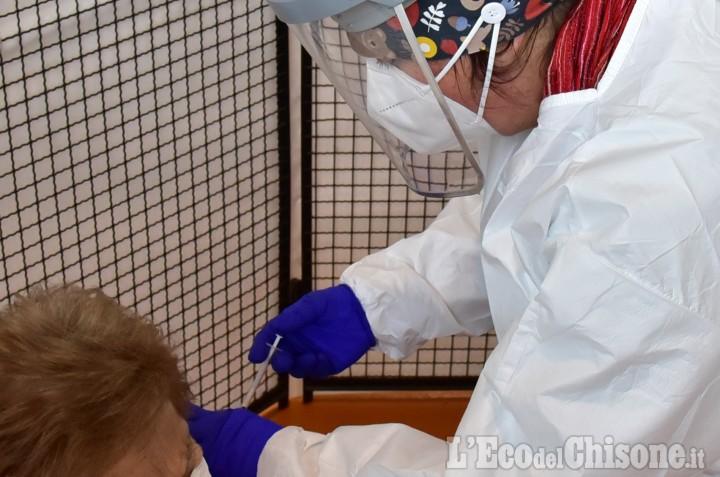 Vaccinazioni anti Covid: da oggi pre adesioni aperte ai residenti fuori regione