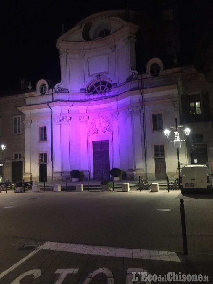 Villafranca: l'ex monastero illuminato di viola per la Giornata mondiale sul tumore al pancreas