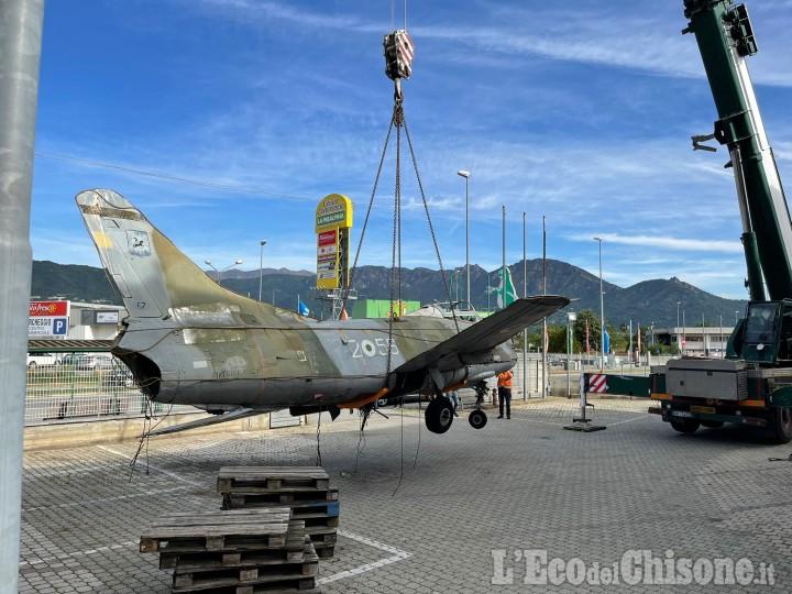 Eurostock di Roletto: rimosso l'aereo dei Bianciotto