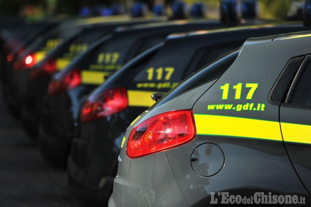 Sequestro prodotti pericolosi o contraffatti Nichelino, operazione della Guardia di Finanza