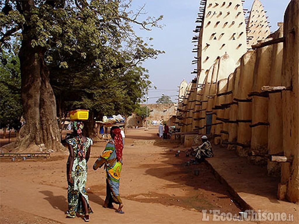 Aqmi,foto e nomi attentatori Ouagadougou
