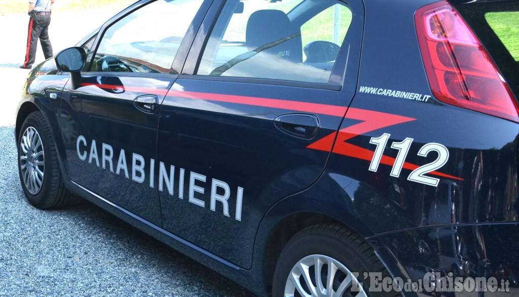 Italia, litiga con un ciclista e lo sperona con l'auto