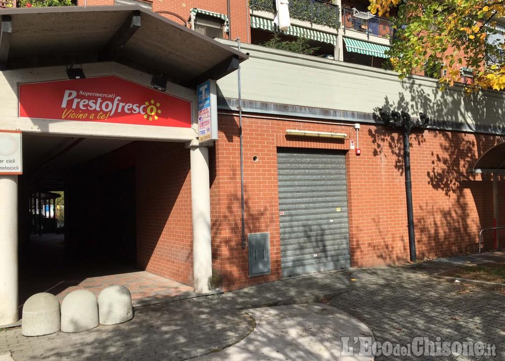 Rapinatori al supermercato di Orbassano: spari a salve per spaventare i dipendenti