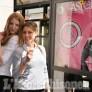 Foto Gallery: Giro d'Italia,le vetrine di Pinerolo si preparano