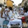 Foto Gallery: Vinovo: è piaciuta la cena in bianco con flash-mob