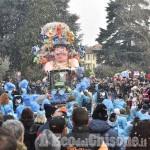 Foto Gallery: A Cumiana è ritornato il Carnevale con la sfilata dei carri