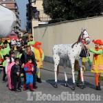 Foto Gallery: Vinovo: il Carnevale degli Strambicoli