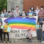 Foto Gallery: Ultimo giorno di scuola a Pomaretto con le mascherine disegnate dagli alunni
