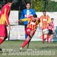 Calcio Promozione: Cavour supera di misura il Revello in un combattuto derby.