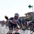 Giro d'Italia, Osasco: che accoglienza al passaggio di Jacopo Mosca!