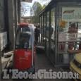 Vinovo: anziano investe tre passanti con lo scooter elettrico