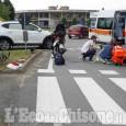 Vinovo: investita da uno scooter ai Cavalieri, ferita ciclista