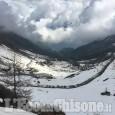 Verso il Giro: Colle delle Finestre spettacolare tra due muri di neve