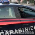 Volvera: insegue la compagna calandosi dal balcone e la minaccia, arrestato cubano