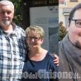 Beinasco in lutto per l'addio a Bruna e Simone, uccisi in casa a colpi di pistola