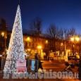 Natale a Pinerolo: slitta la pista. Il Comune cerca artisti di strada