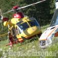 Roletto: auto contro bici, ciclista 18enne trasportato in elicottero al Cto