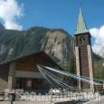 Orbassano: commozione a Courmayeur per l'ultimo saluto delle vittime del Monte Bianco