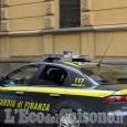 Gdf: prodotti sequestrati a Cesana e una denuncia per contraffazione