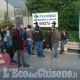 Al Carrefour di Pinerolo decine di dipendenti in sciopero contro i trasferimenti