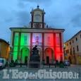 A Vigone municipio illuminato col tricolore