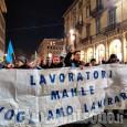 Crisi industriale: una fiaccolata dà il via alla Vertenza Torino