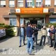 Orbassano: sit-in davanti al san Luigi per salvare il reparto di Oftalmologia