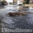 Nichelino: grossa perdita d'acqua, chiusa via Martiri