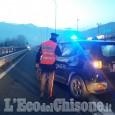Pinerolo: schianto tra auto, Panda cappotta sulla circonvallazione