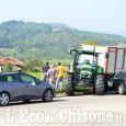 Pinerolo: malore del conducente, trattore contromano alla rotonda della Porporata