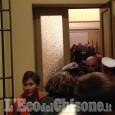 Giaveno: impedito l'ingresso a cittadini e giornalisti all'incontro contro la chiusura notturna delle farmacie