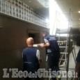 Rifiuti gettati negli ossari dei cimiteri, denunciata cooperativa di Pinerolo