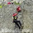 Cade durante l'arrampicata, ferito 40enne di Pinerolo