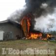 Volvera, fiamme all'ex allevamento di maiali in Regione Serafini