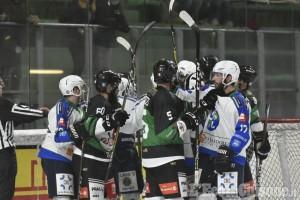 Hockey ghiaccio, Ih 1: Valpeagle soffre ma vince a Chiavenna, decide Durand Varese