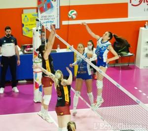 Volley serie A2 donne, grande Pinerolo: Roma s'inchina al tie break
