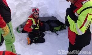 Travolto da valanga estratto a Coazze: esercitazione del Soccorso alpino