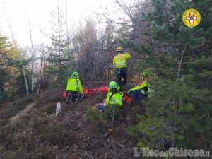 Cumiana: finisce contro un albero durante una discesa in downhill, morto mountain-biker