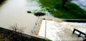 None: salvato dai Vigili del Fuoco uomo bloccato dall'acqua alta nella propria auto