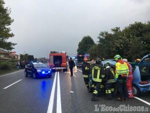 Maxi tamponamento sulla Sp6, all'incrocio tra Volvera e Rivalta: quattro i feriti