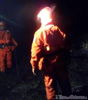 Piossasco: fiamme dolose alle pendici del monte san Giorgio