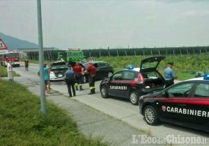 Revello: scontro tra auto in via Envie, due feriti lievi
