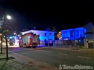 None: fiamme alla canna fumaria, l'intervento dei Vigili del fuoco
