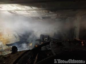 Incendio in un box a san Pietro Val Lemina, lievemente ferito il proprietario del garage