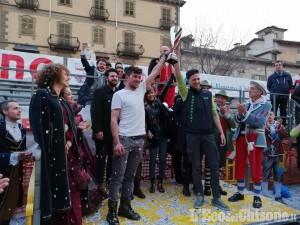 Carnevale di Saluzzo, grande partecipazione e Luserna miglior carro con Racconigi