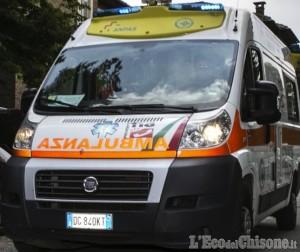 Giaveno: nonna-sprint 92enne al volante, finisce contro un muro durante un sorpasso