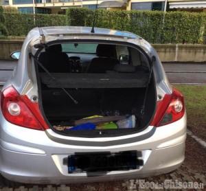 Pinerolo: rubato portellone di un'auto