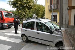 Bagnolo: Panda incastrata dopo l'urto con il camion, illeso il conducente
