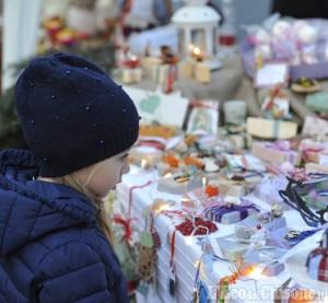 Lusernetta: mercatini di Natale, nonostante la pioggia