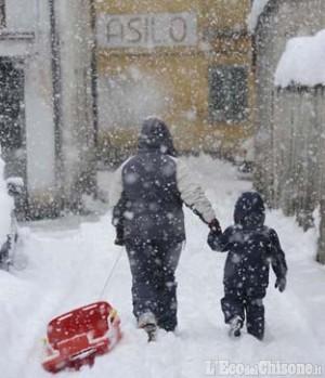 Pinerolo, il sindaco: «Domani scuole aperte»